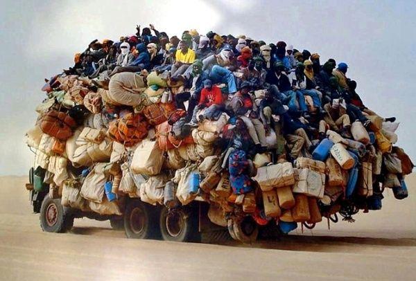 Транспорт и люди (42 фото)