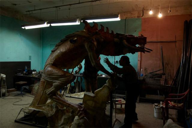Питерские драконы (12 фото)