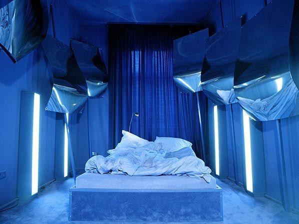 Креативные дизайны спален (14 Фото)