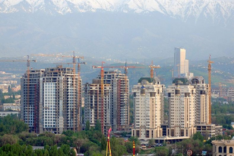 Два самых красивых города Казахстана (85 фото)