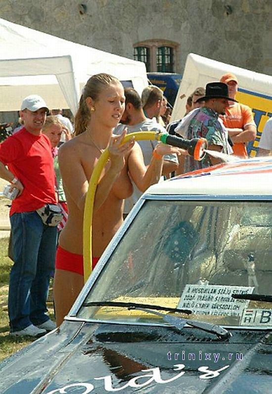 Как девушки машину мыли (27 фото) НЮ