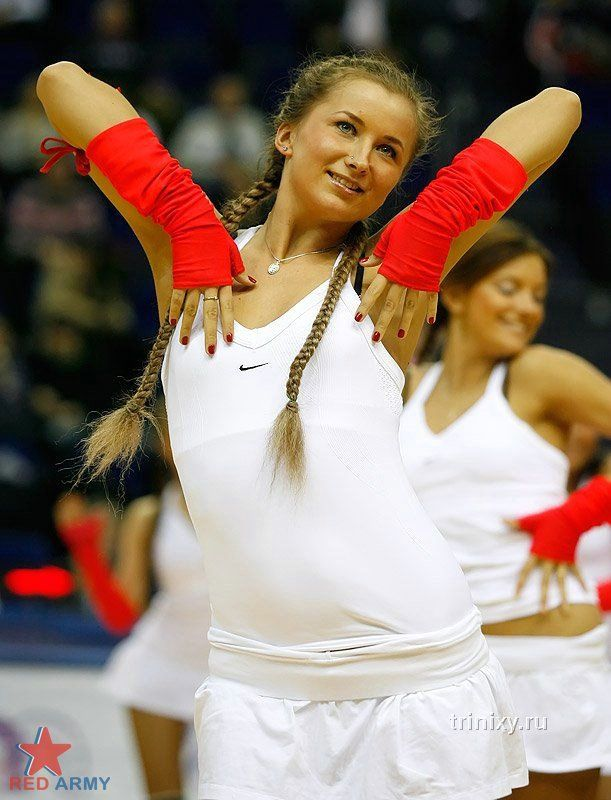 Российские девушки из команд поддержки (41 фото)