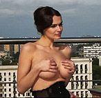 Новые подробности эротической фотосессии Водонаевой