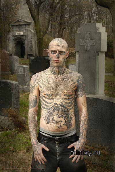 Жесть. Еще один человек-татуировка (23 фото)