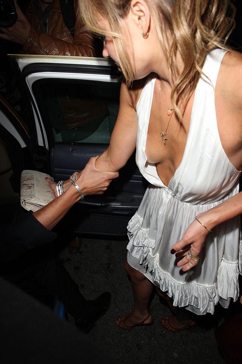 Лорен Конрад (Lauren Conrad) - не очень известная у нас американская звезда в симпатичном платье (6 фото)