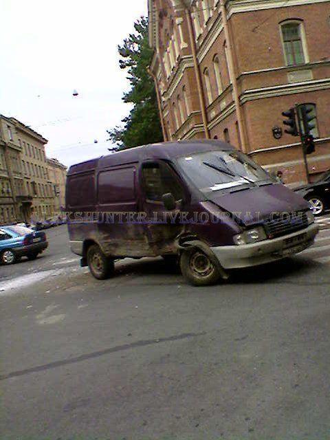 Авария с участием ГАИшнков (3 фото)