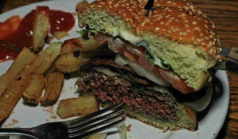 Фаст-фуд желает вам приятного аппетита (26 фото)