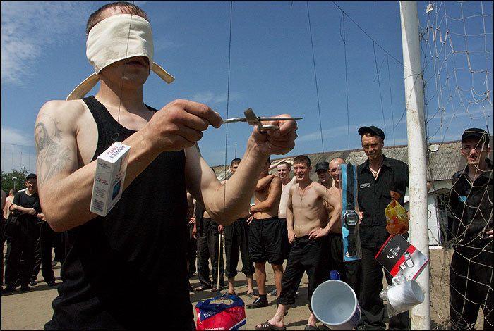 День металлурга в исправительной колонии (16 фото)