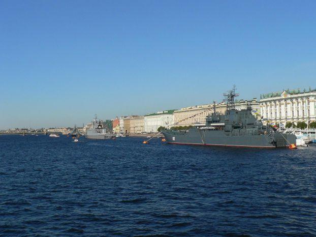 Россия празднует День Военно-Морского флота (26 фото)