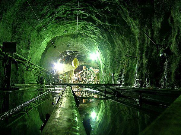 Туннельная бурильная машина (18 фото + 2 видео)