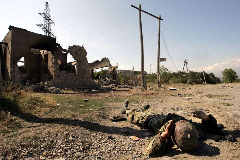 Еще несколько слов о войне (27 фото)