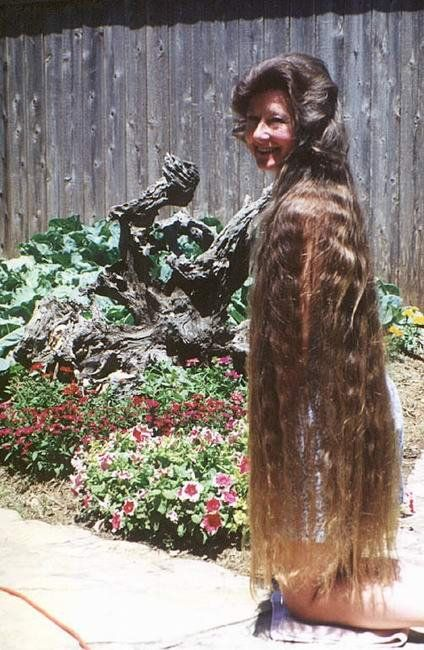 Самые длинные волосы (24 фото)