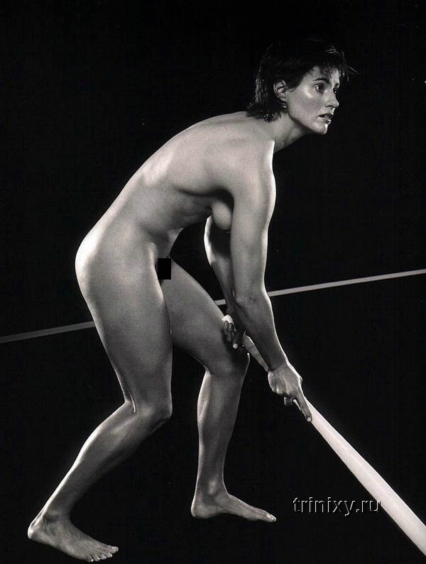 Голые спортсменки (25 фото) НЮ