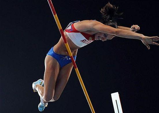Очередной мировой рекорд Елены Исинбаевой (7 фото + видео)