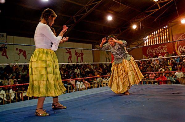 Суровые боливийские женщины (17 фото)