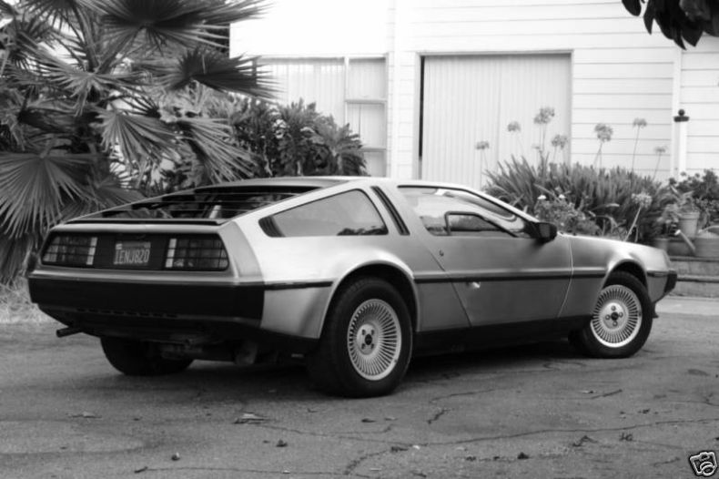DeLorean (20 Фото)