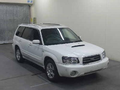 Автомобиль из Японии (6 фото)