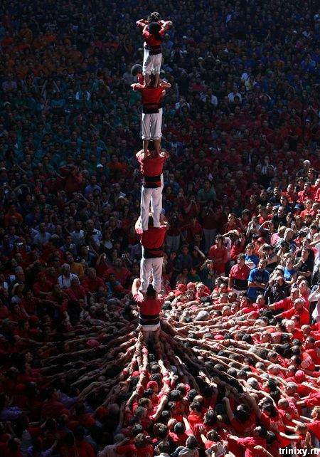 Человеческие башни в Испании (11 фото)