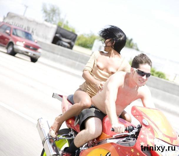 Мотопрогулка с девушками в Калифорнии (33 фото) НЮ
