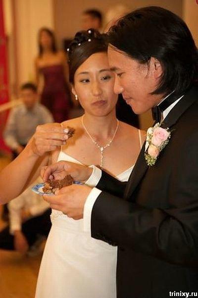 Тортик на свадьбе фанатов звездных воин (5 фото)