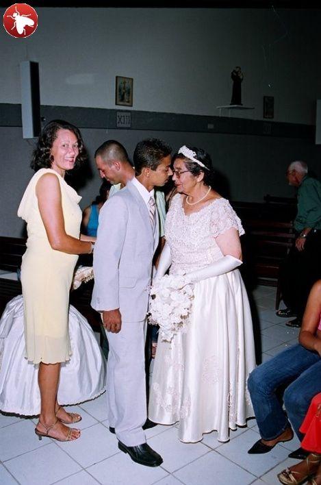 Необычная свадьба (4 фото)