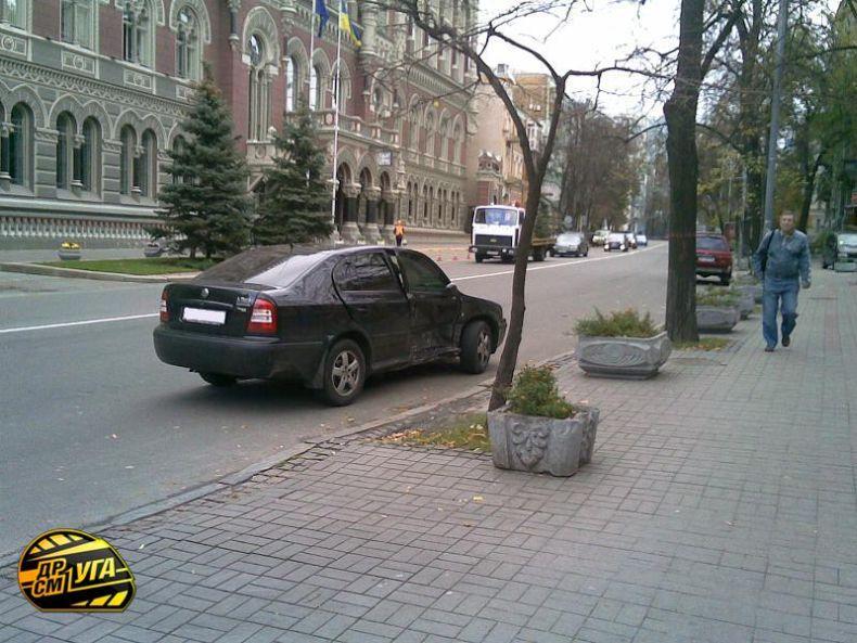 Авария в Киеве (14 фото)