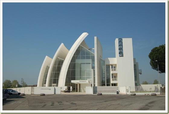 http://trinixy.ru/pics3/20081029/churches_11.jpg