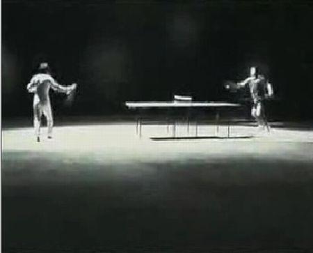 Брюс Ли играет в пинг-понг (7.0 мб)