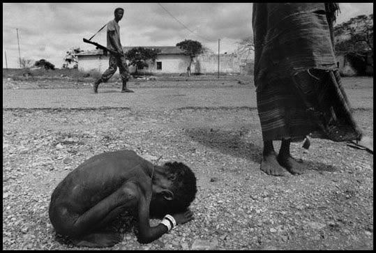 Этот ужасный мир (22 фото)