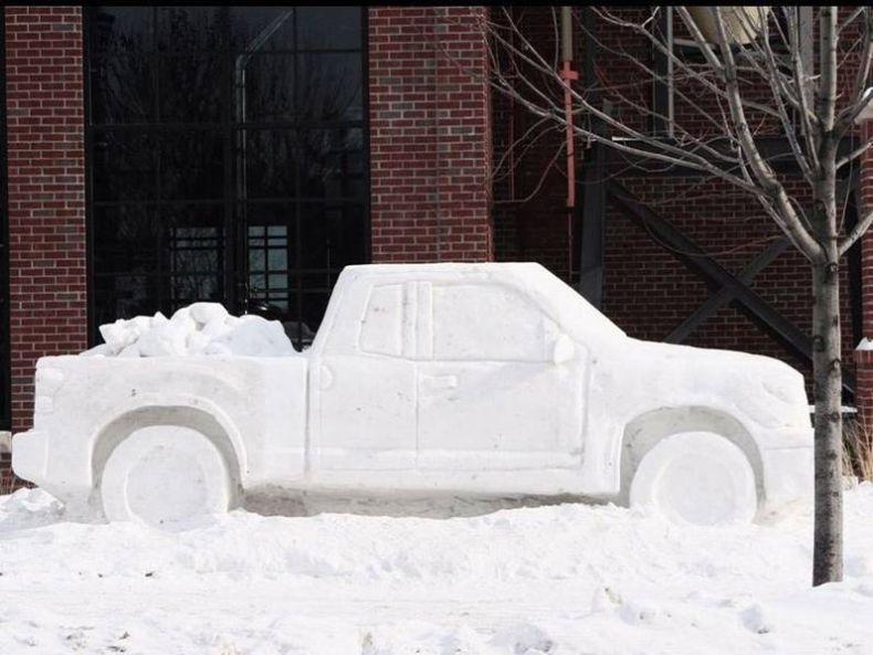 Что можно сделать из снега фото своими руками