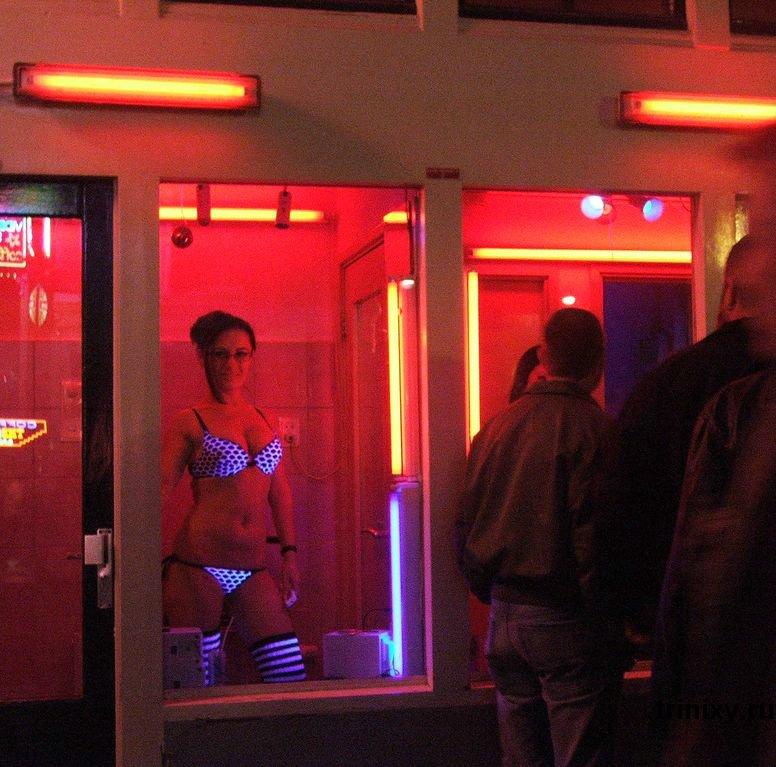 Квартал красных фонарей в Амстердаме (40 фото)