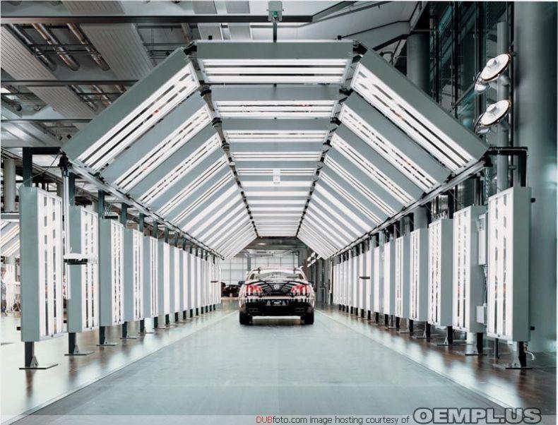 Завод Volkswagen в Дрездене (21 фото)