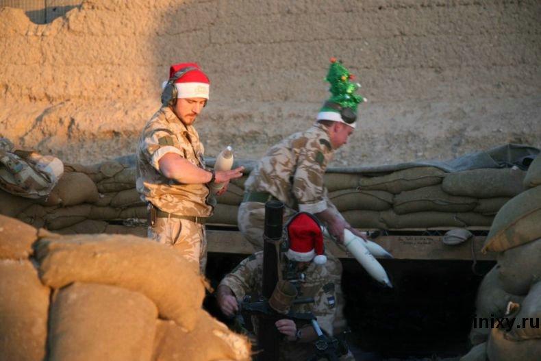 Рождество в Афганистане (4 фото)