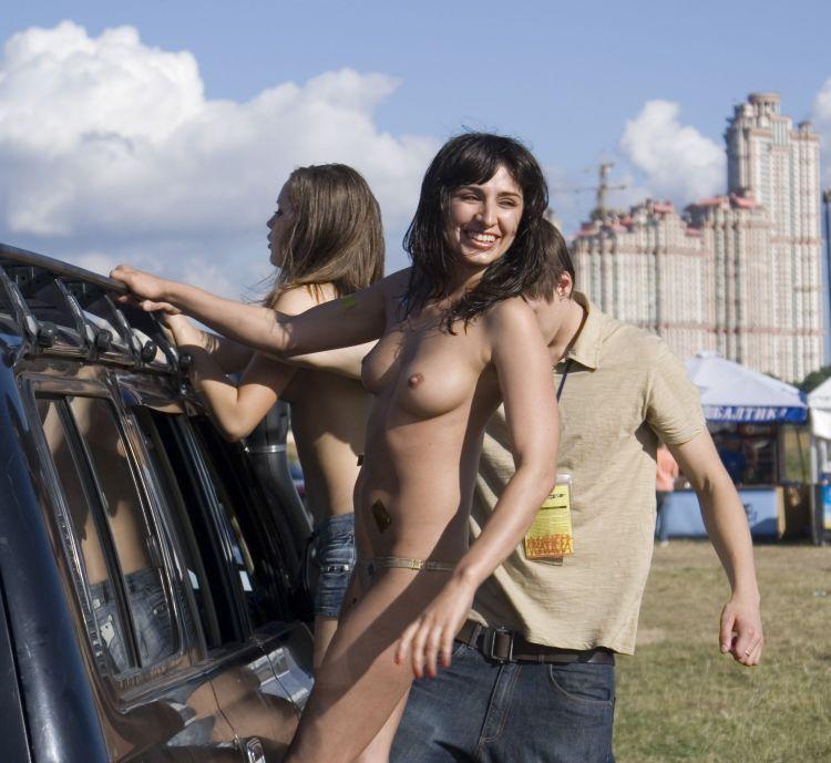 Публичные девушки (56 фото)