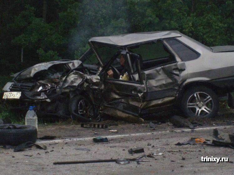 Жуткие автомобильные аварии (55 фото). Автомото. Категория.