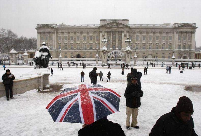 Фото много снега обладающий резким