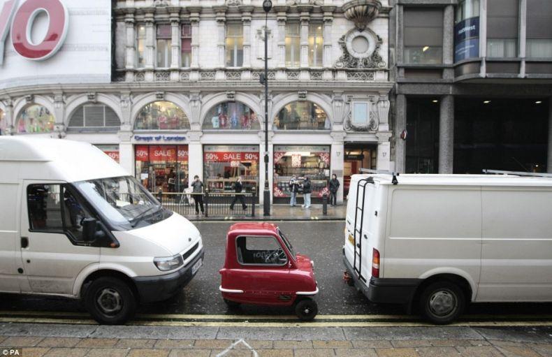 Самая маленькая машина в мире 3 фото