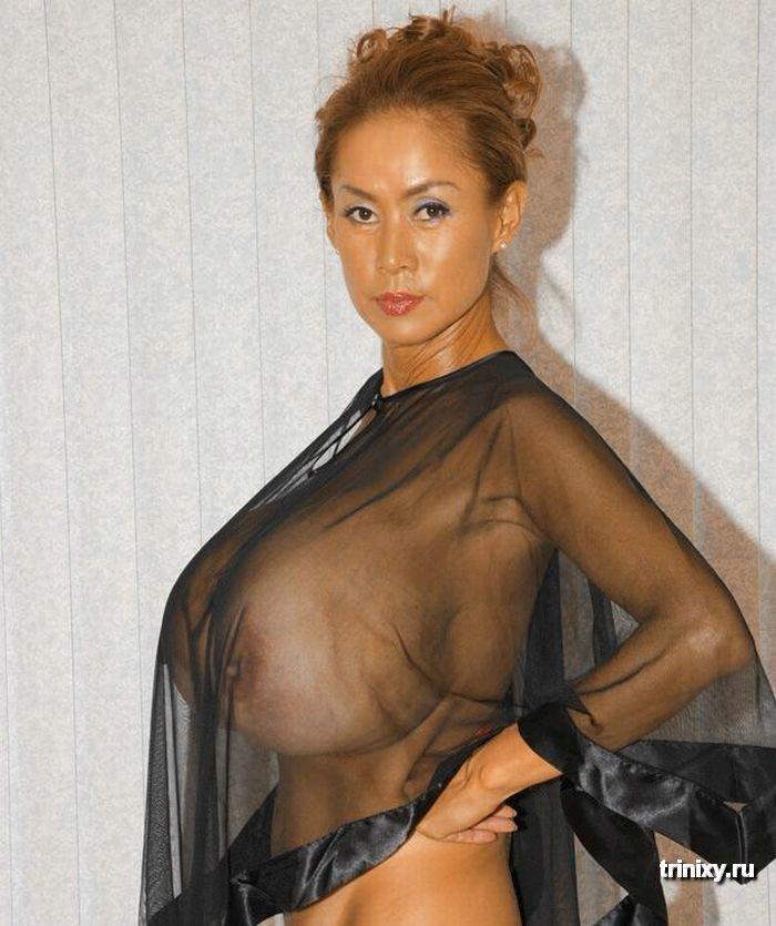Ужас дня. Минка - 5я самая большая грудь в мире (16 фото) НЮ