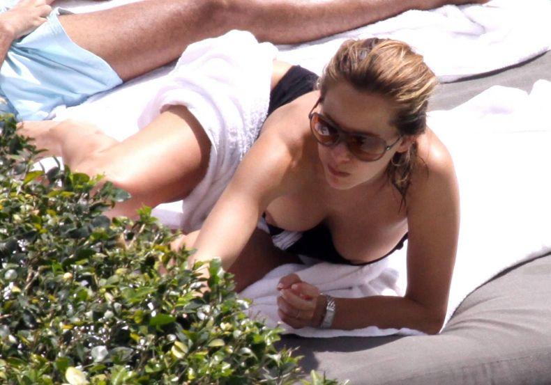 Melissa Theuriau - самая красивая телеведущая Франции топлесс (10 фото) НЮ