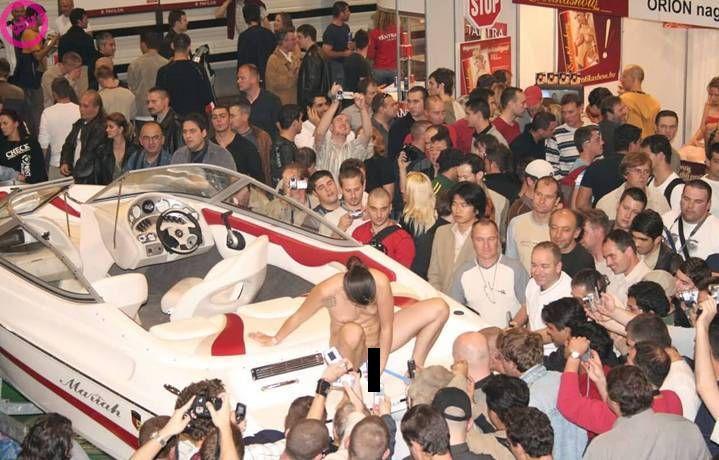 Интересный способ продать катер (9 фото) НЮ