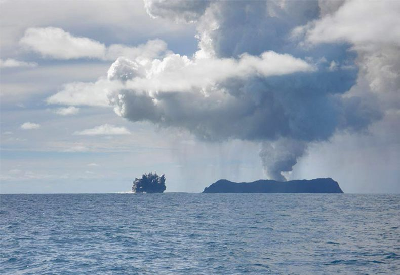 Извержения вулканов (11 фото + видео)