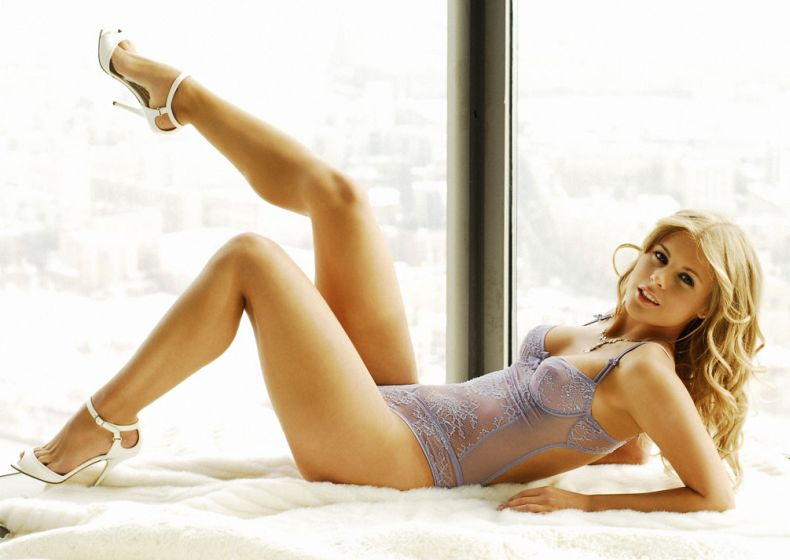 Мисс Рунет Анна Вишневская (7 фото)