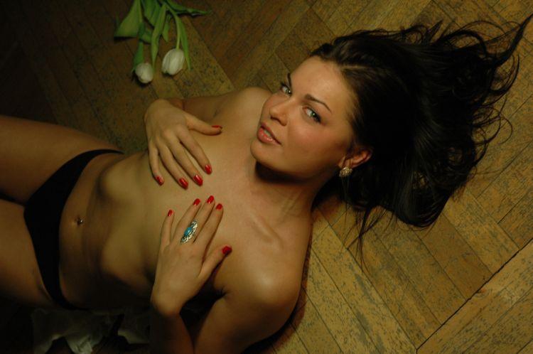 Любительские фотографии симпатичных девушек (74 фото) НЮ