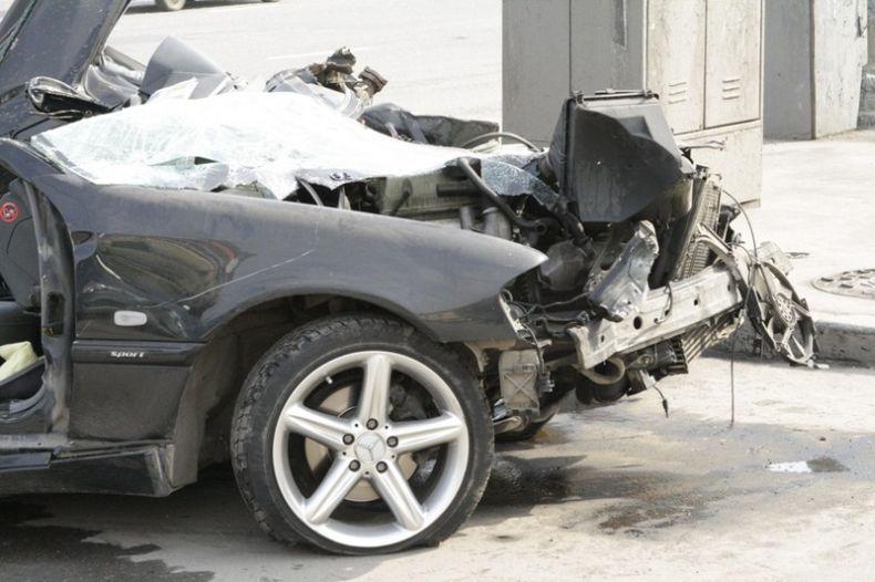 Авария на Никитинском бульваре (5 фото)