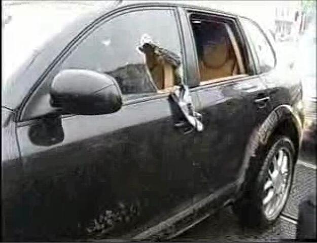 СОБР перепутал машины во время задержания (29.5 мб)