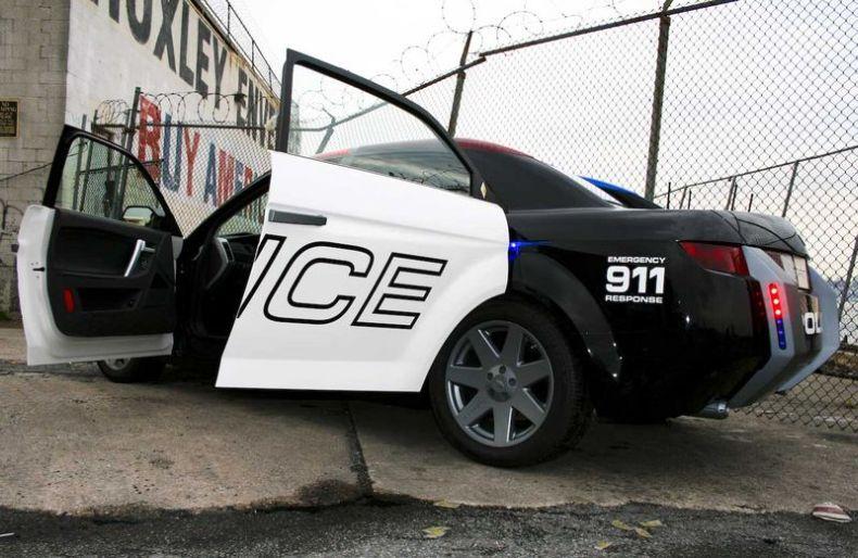 Carbon Motors E7. Полиция Нью-Йорка получила новые машины (36 фото)