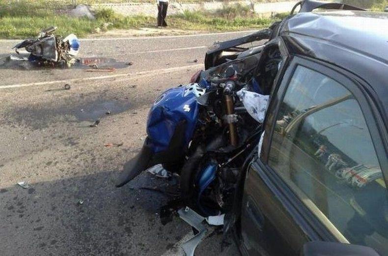 Столкновение автомобиля и мотоциклиста в Венгрии (5 фото)