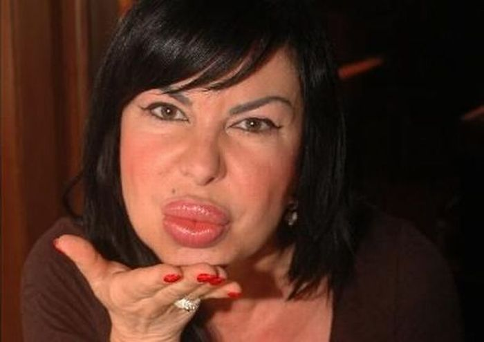 Венгерский монстр Maria Geronazzo (23 фото + видео)