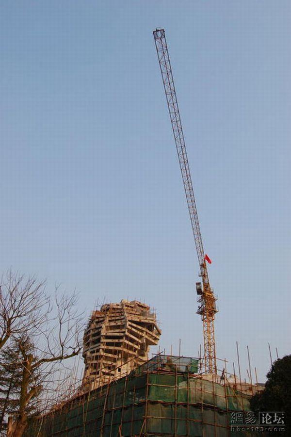 В Китае строят своего Сфинкса (6 фото)