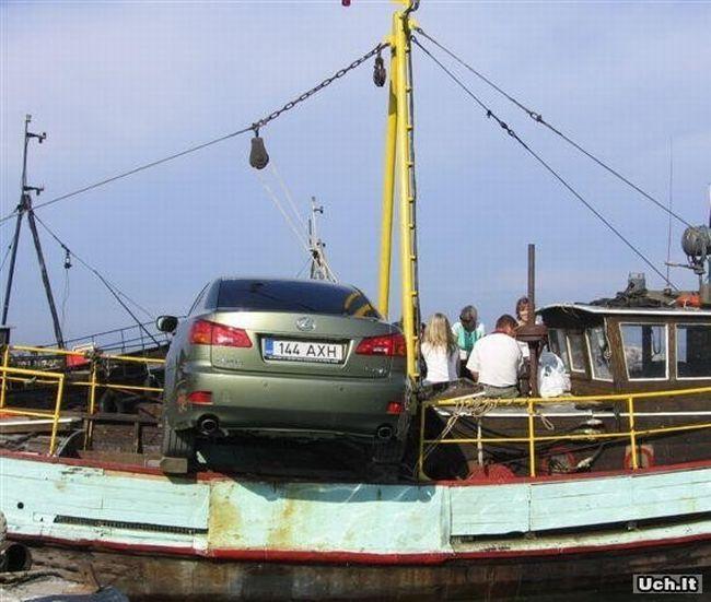 Забавная перевозка автомобиля (8 фото)